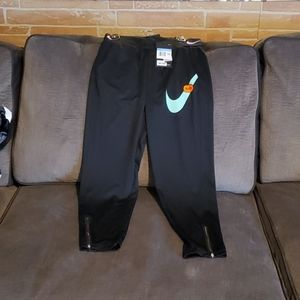 Girls nike sports pants